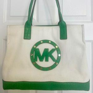 MK Michael Kors Sholder Bag Medium-Off White